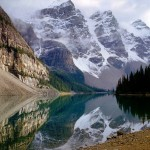 Moraine Lake in the Valley of the Ten Peaks - Banff national park