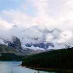 Moraine lake with mounains in the clouds